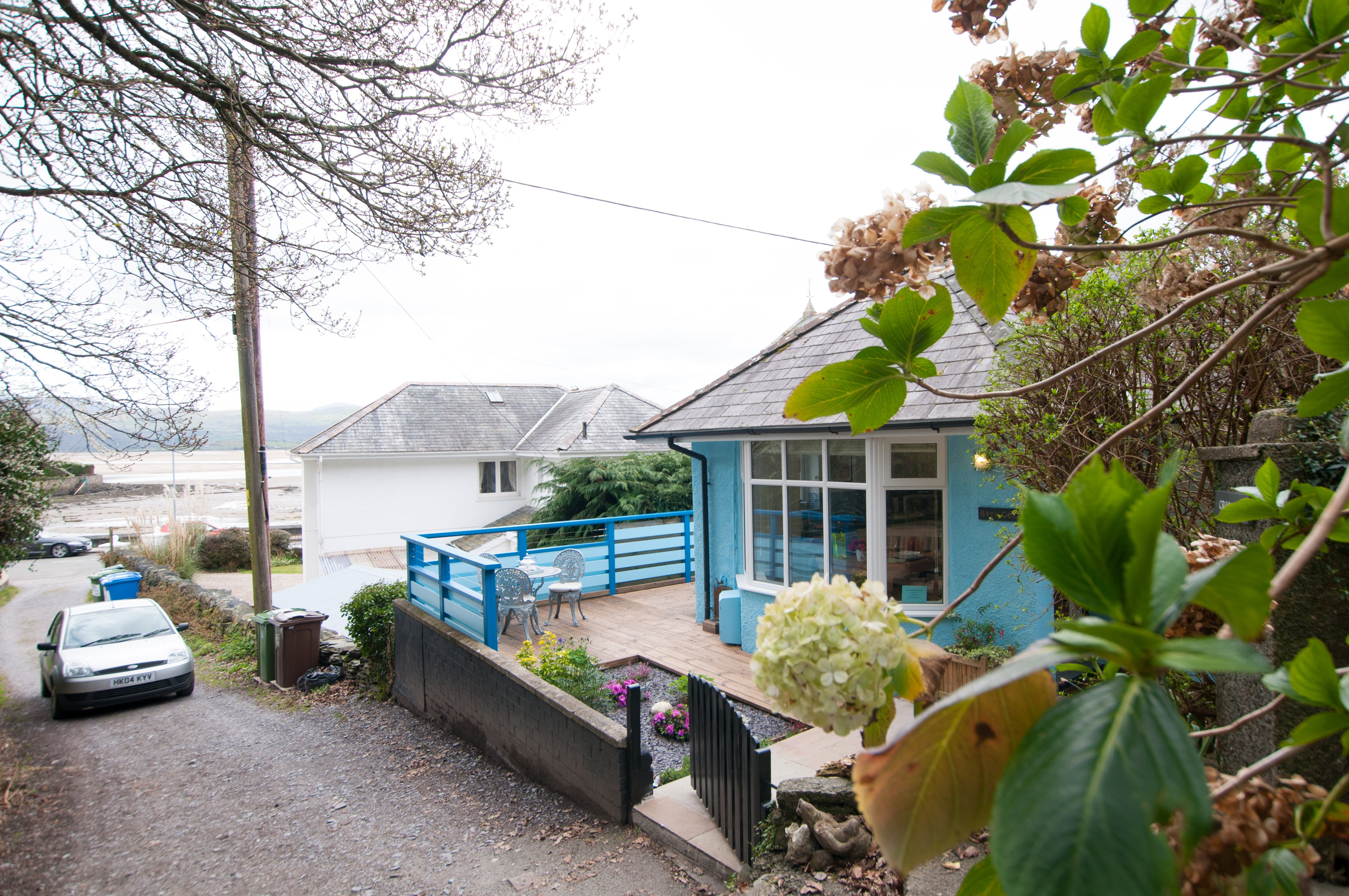 breaks wales for menai k harlech cottages cottage north gift holiday in vouchers